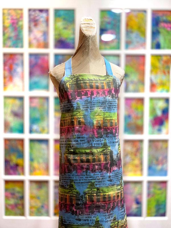 DUBE-apron-artsy-stencilgirl-marabu-caro