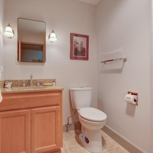 Condo 35 Guest Bath.jpg