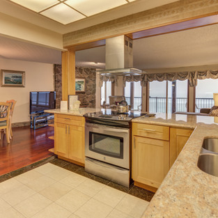 Condo 35 Kitchen:Dining Room View .jpg