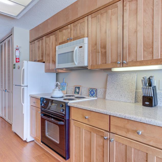 Condo 38 Kitchen.jpg