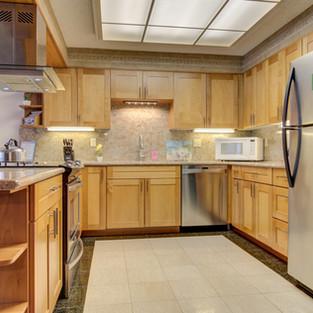 Condo 35 Kitchen.jpg