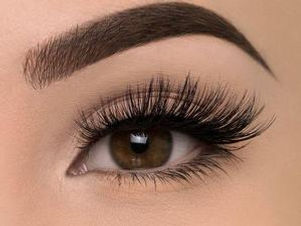 professional-eyelash-extension-16771407-