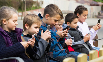 With 'vulnerable' children contacting strangers, government launches 'internet safety re