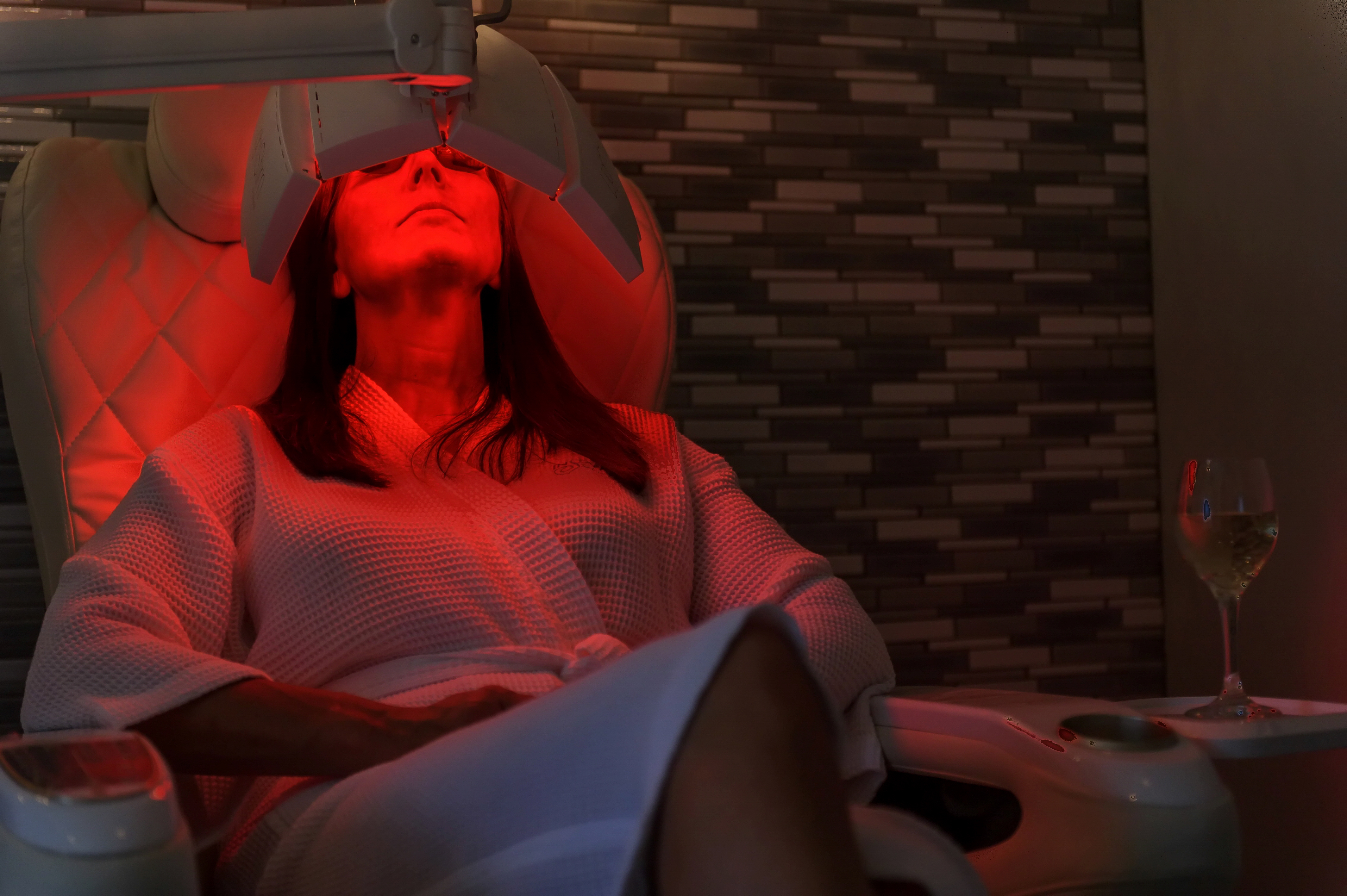 LED Light Treatment with Pedicure