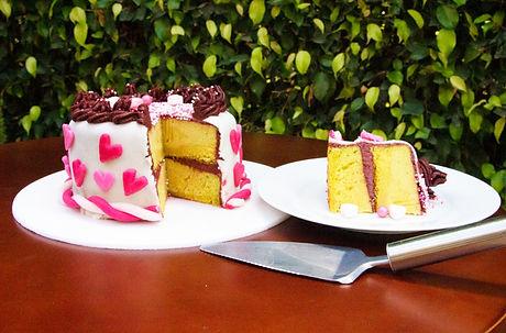 pastel cortado apapacho.jpeg