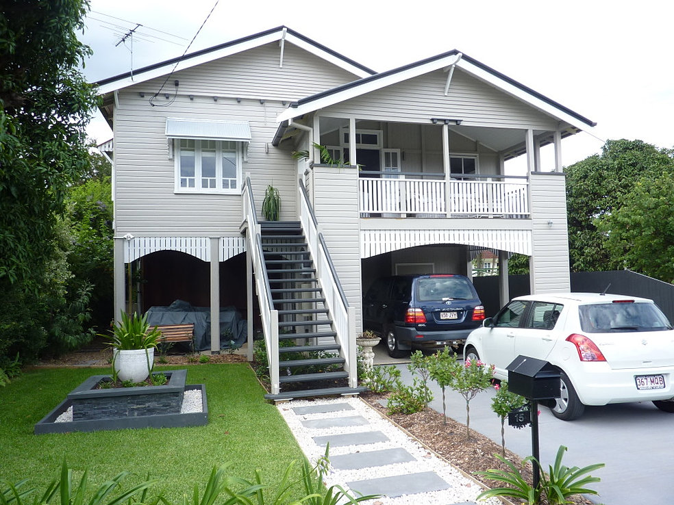 Design construct builders south brisbane craig rynne for Luxury home designs brisbane
