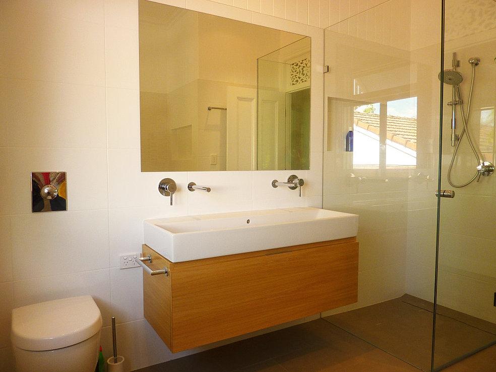Bathroom renovations south brisbane craig rynne constructions for Bathroom renovations brisbane