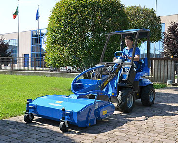 MultiOne-mini-loader-2-series-with-sweep