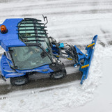 MultiOne-mini-loader-2-series-with-snow-