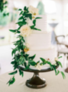floral-wedding-cakes-perry-vaile-0718.jp