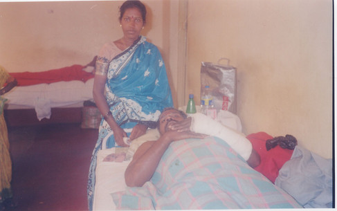 Lav-paramesh with wife.jpg