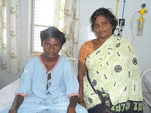vinay kumar with his mother.JPG