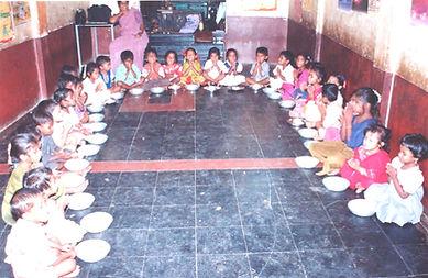 mid-day meal - Lakshmipuram.jpg