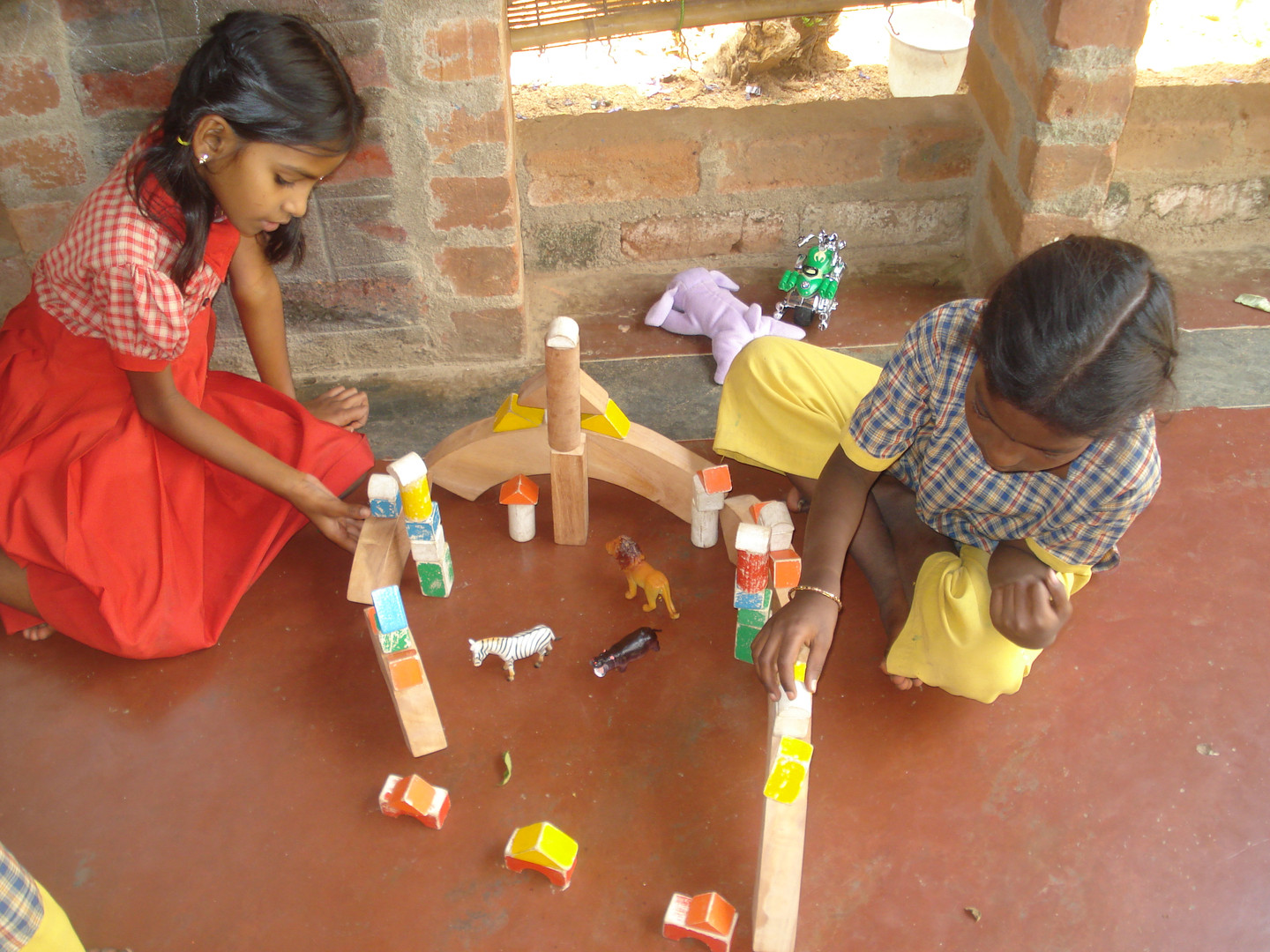 building an encloser with building block