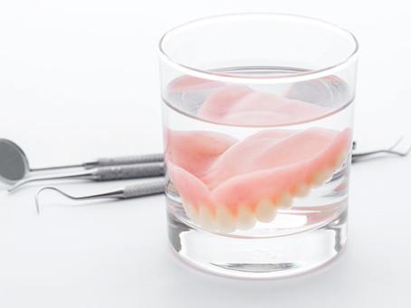La dentiera mobile anche nei casi di poco osso non è più l'unica soluzione.