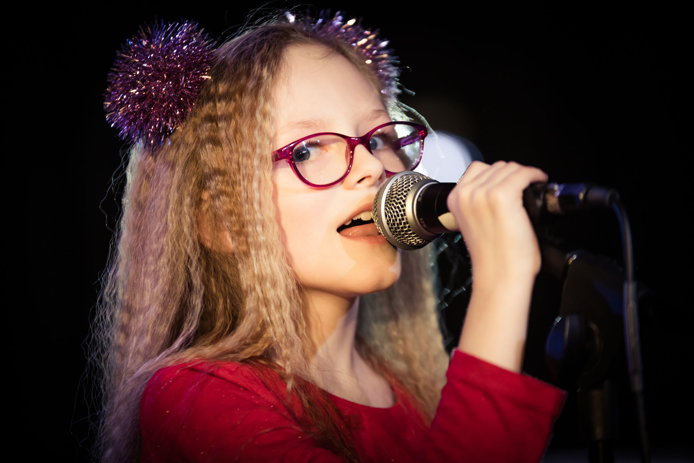 Singing student from Monton