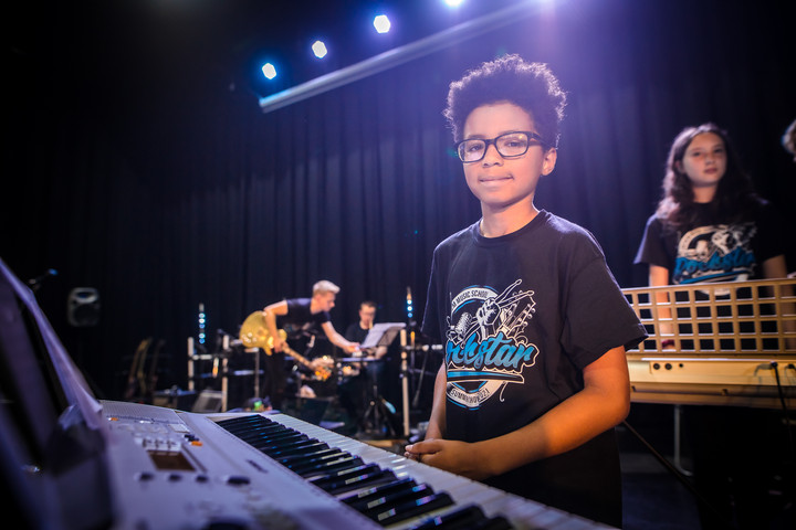 Anthem keyboard student