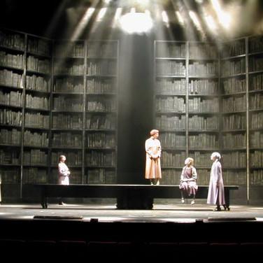 MINIAN of women. | Theater show