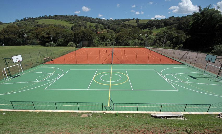 Quadra Poliesportiva e Tênis