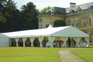 6 Reasons to Hire a Marquee for your Wedding