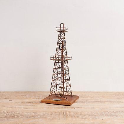 ワイヤータワー