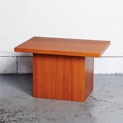 ボックスサイドテーブル