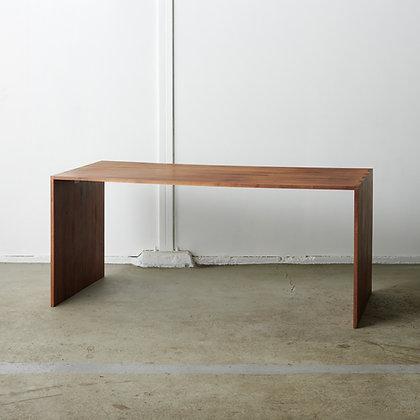 ソリッドテーブル