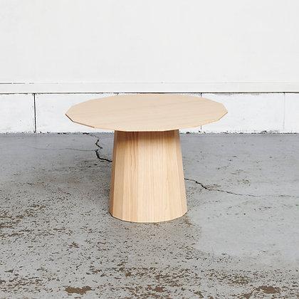 プレーンウッドサイドテーブル