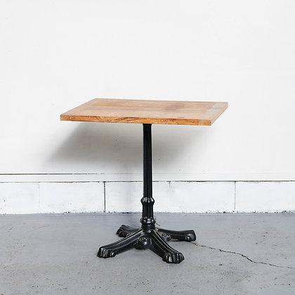 スクエアカフェテーブル