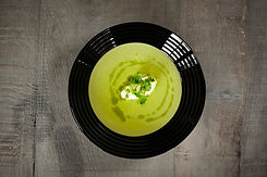 The Spotted Dog Flamstead - Chilled Pea & Mint Soup, Homemade Ricotta & Pepper Olive Oil