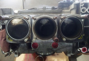Porsche 3.0 litre engine with 2 broken studs marked with yellow