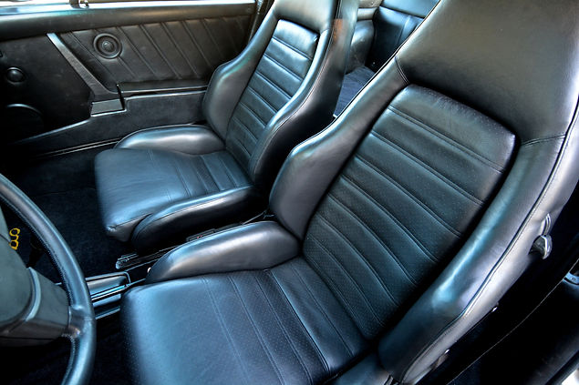 Black leather Porsche sport seats installed in 1979 930