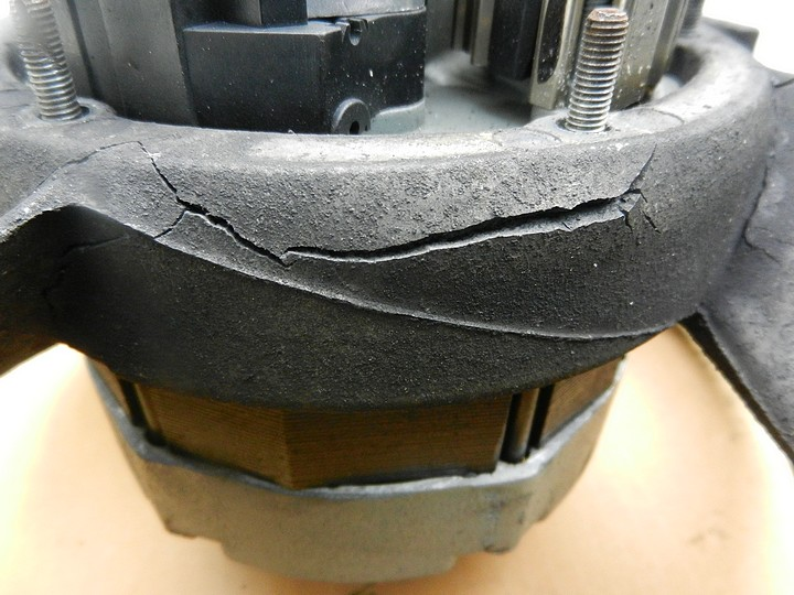 Another Porsche magnesium fan housing cracking