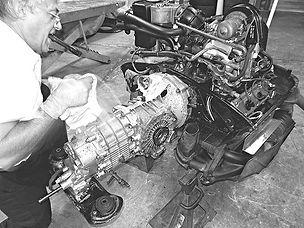 George Perdomo servicing Porsche transmission