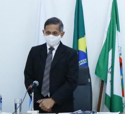 Prefeito de Queimados ignora pedido da Câmara para a reabertura do comércio
