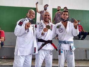 Vila Olímpica de Belford Roxo consegue três medalhas no Estadual de Jiu-Jitsu