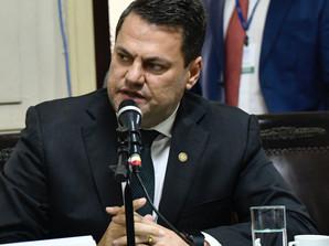 Alerj derruba veto de governador e dá isenção de ICMS a 11 municípios*