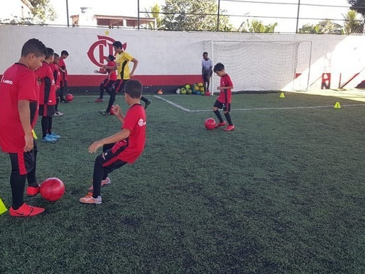 A Escola Flamengo de Queimados realiza seletiva oficial nos dias 8, 9 e 10 de Outubro