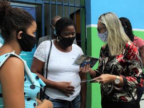 Japeri inicia distribuição dos cartões Supera RJ