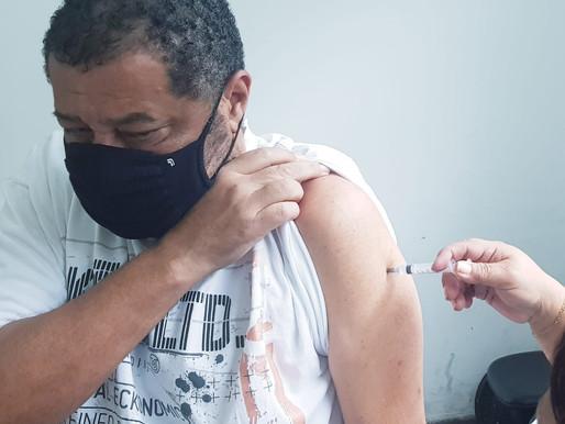 Nilópolis vacina mulheres de 63 anos nesta sexta-feira