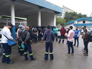 Colaboradores da Águas do Rio recebem orientações sobre Segurança no TrabalhoEles são moradores da