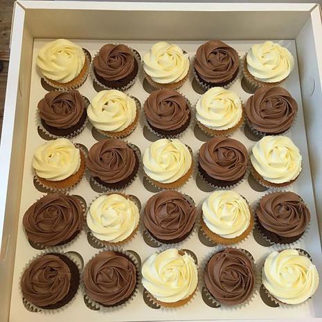 Chocolate and vanilla rose swirls xx #cu