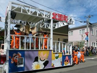 子ども神輿と山車の町内まわり 中越沖地震追悼献花式