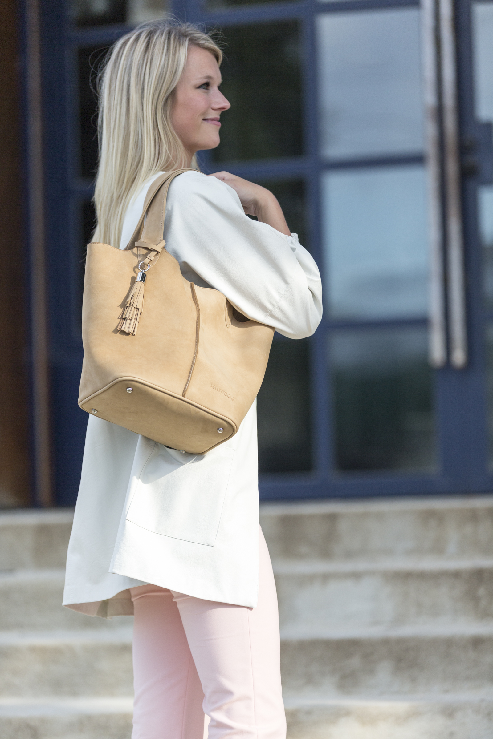 EMELINE BUCKET TOTE (NATURAL)