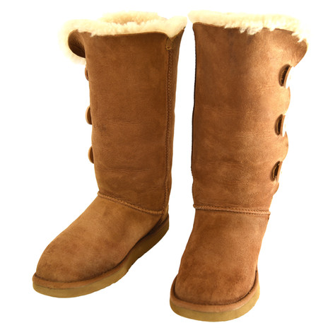 ugg-boot-suede-cleaning.jpg