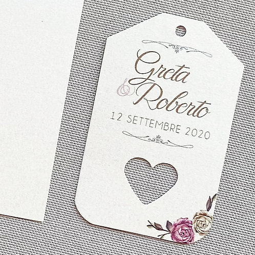 30 Tag con nomi e data con cuore forato tema floreale in carta avorio perlata