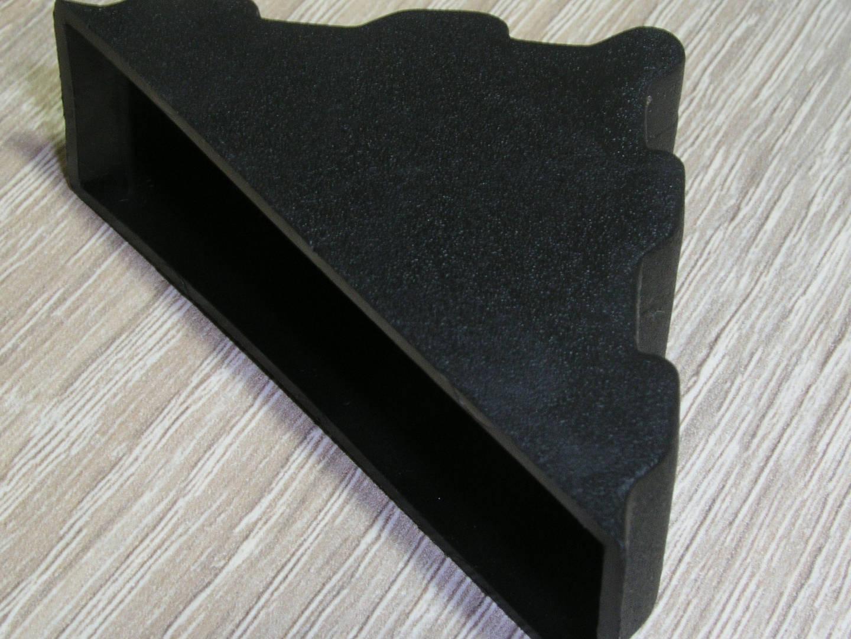 Πλαστικές γωνίες προστασίας για πορτάκια κουζίνας 19mm