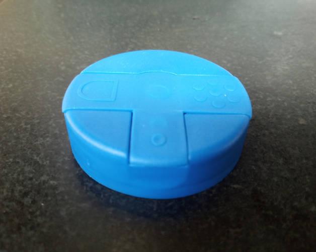 Πλαστικά πώματα για αλατιέρα