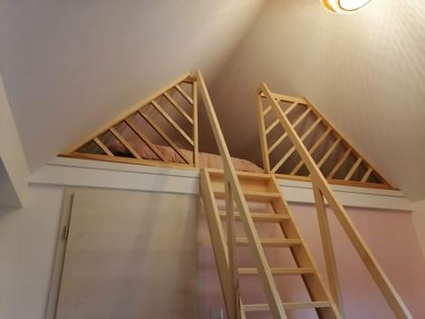 Escalier et garde corps pour une mezzanine