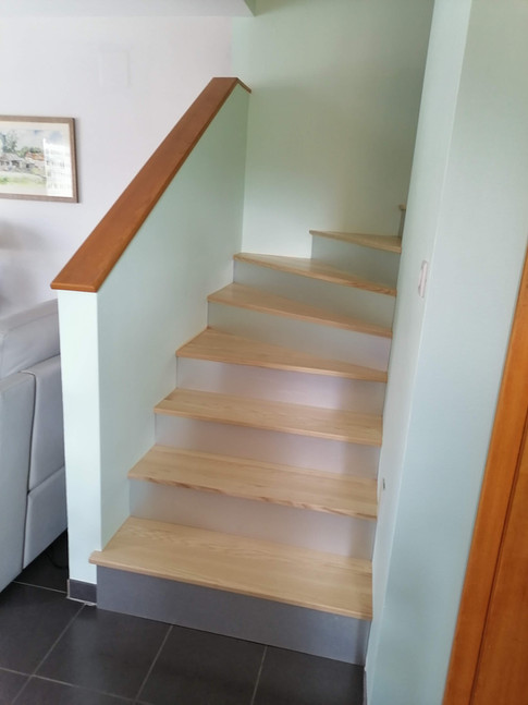 Habillage d'un escalier béton